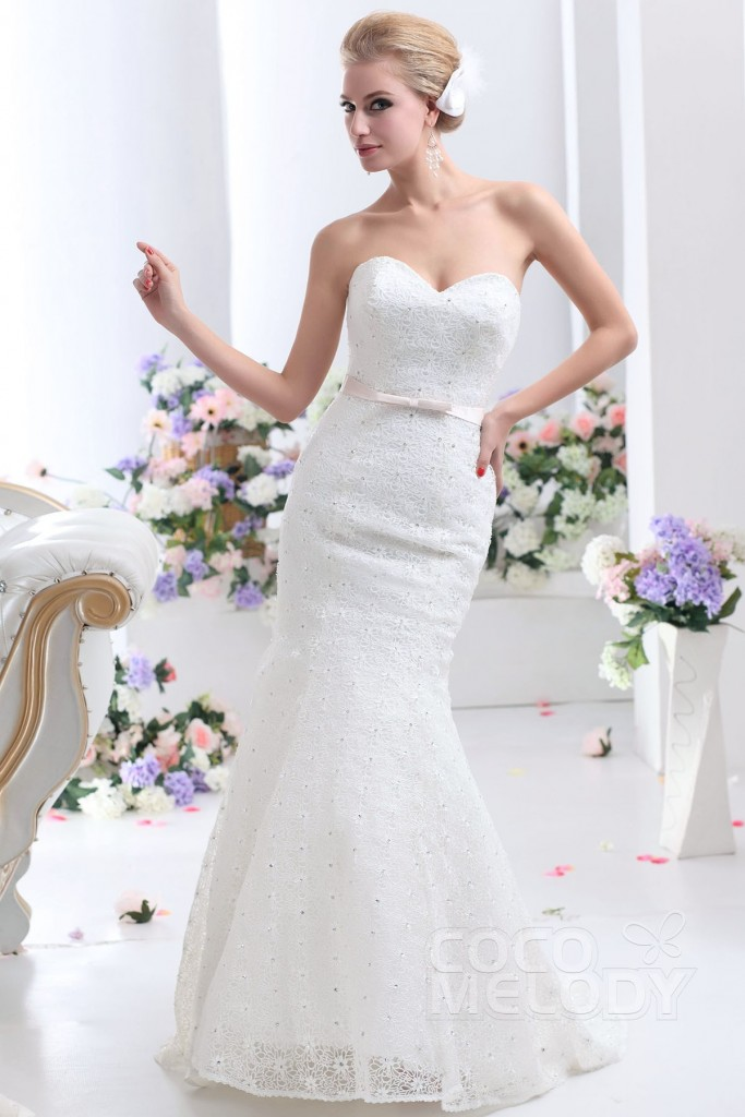 trumpet-mermaid-sweetheart-court-train-lace-ivory-wedding-dress-b12128-a
