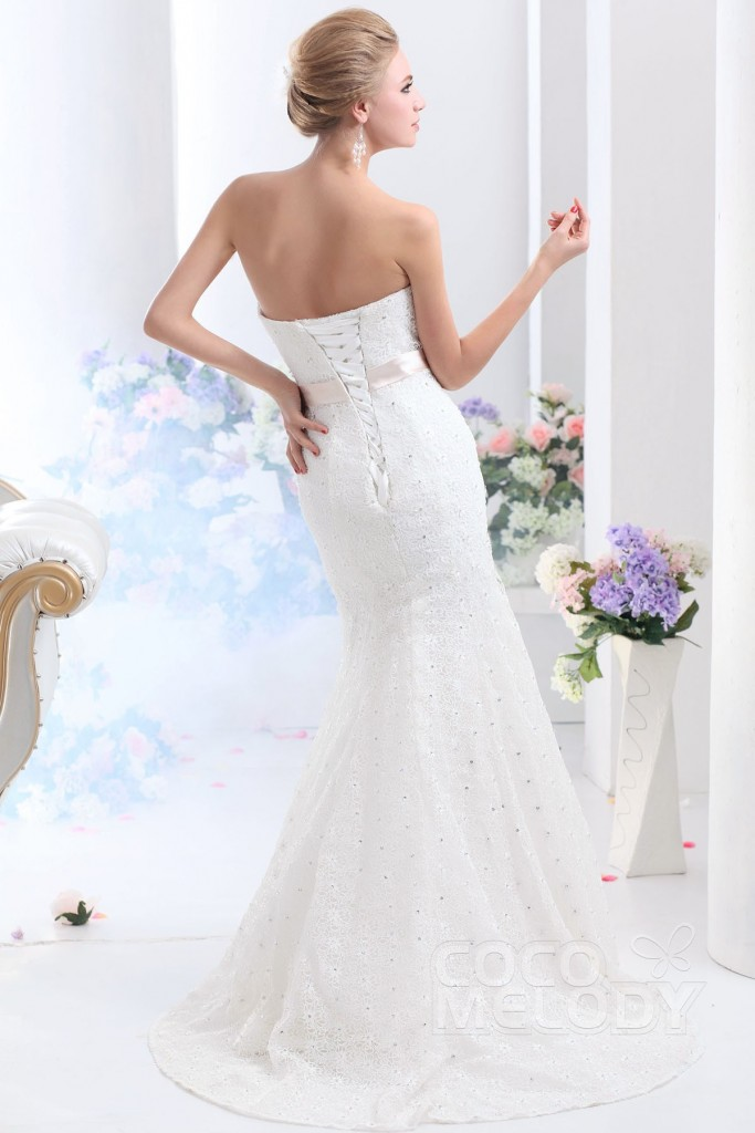 trumpet-mermaid-sweetheart-court-train-lace-ivory-wedding-dress-b12128-c